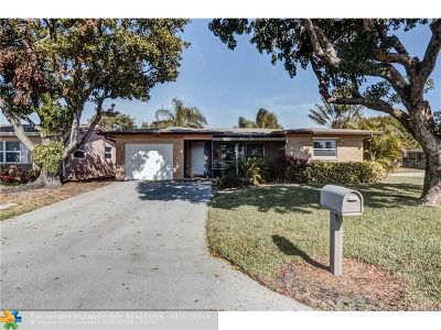 Deerfield Beach Single Family Home For Sale: 1271 NW 47th St