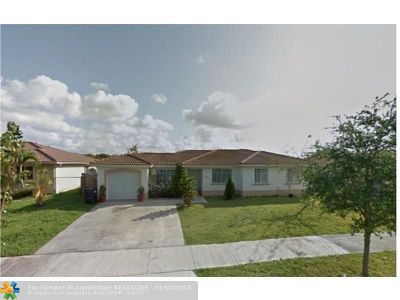 Miami Single Family Home For Sale: 22161 SW 123rd Dr