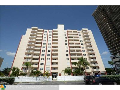 Fort Lauderdale Condo/Townhouse For Sale: 200 S Birch Rd #203