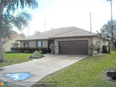 Coral Springs Single Family Home For Sale: 7010 NW 38th St