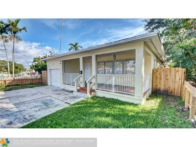 Dania Single Family Home For Sale: 10 NW 7th Ave