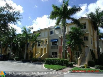 Broward County Condo/Townhouse For Sale: 12430 SW 50th St #127