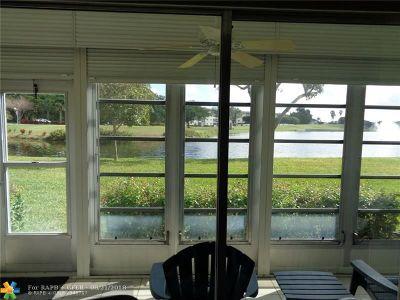 Coconut Creek Condo/Townhouse For Sale: 3205 Portofino Pt #J1