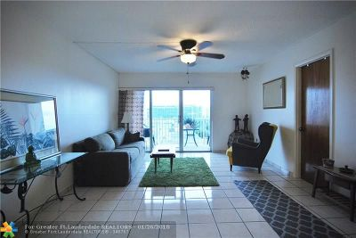 Miami Beach Condo/Townhouse For Sale: 6855 Abbott Ave #604