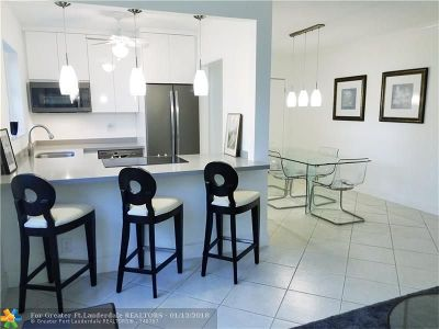 Fort Lauderdale Condo/Townhouse For Sale: 625 Orton Ave #19