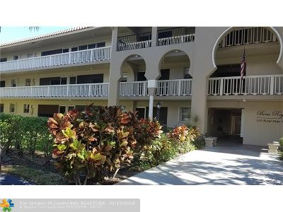 Boca Raton Condo/Townhouse For Sale: 100 Royal Palm Way #102