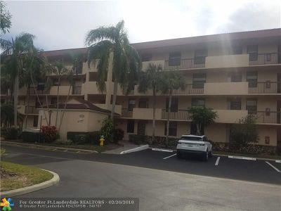 Coconut Creek Condo/Townhouse For Sale: 4133 Carambola Cir #304