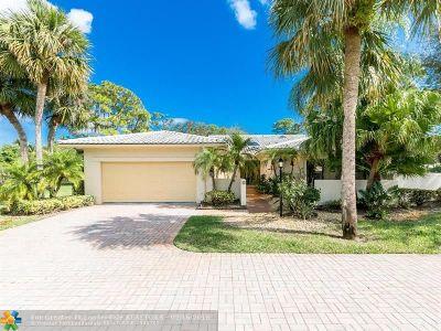 Boynton Beach Single Family Home For Sale: 58 Northwoods Ln