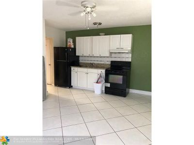 Fort Lauderdale Multi Family Home For Sale: 725 NW 4th Ave
