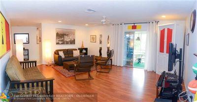 Boca Raton Condo/Townhouse For Sale: 22765 SW 66th Ave #205