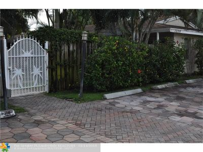 Fort Lauderdale Condo/Townhouse For Sale: 1336 Holly Heights Dr #6