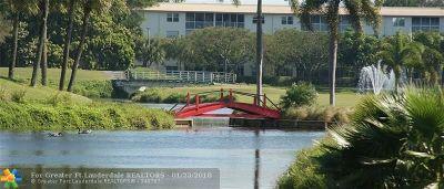 Coconut Creek FL Condo/Townhouse For Sale: $99,000
