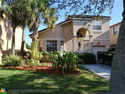 Pembroke Pines Single Family Home For Sale: 595 NW 159th Ave