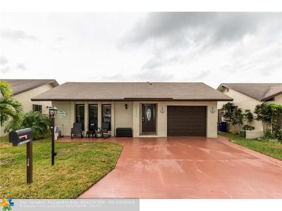 Deerfield Beach Single Family Home For Sale: 1551 SW 22nd Ter