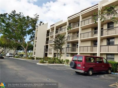 Oakland Park Condo/Townhouse For Sale: 117 Lake Emerald Dr #101
