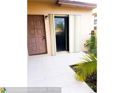 Coconut Creek Condo/Townhouse For Sale: 2361 NW 37th Ave #2361