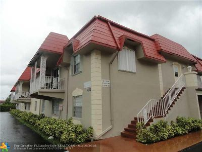 Deerfield Beach Condo/Townhouse For Sale: 411 SE 8th St #132
