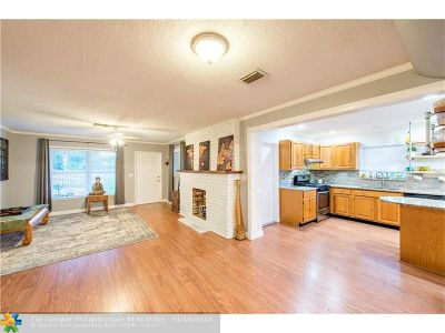 Broward County Single Family Home For Sale: 3250 SW 12th Ave