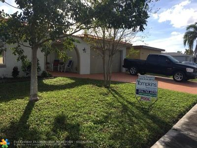 Broward County Single Family Home For Sale: 9510 NW 21st Mnr