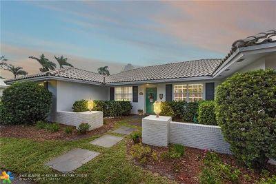 Plantation Single Family Home For Sale: 221 W Tropical Way