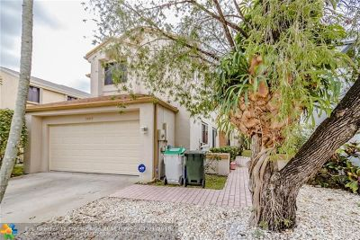 Broward County Single Family Home For Sale: 1990 NW 34th Ave