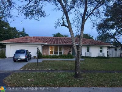 Plantation Single Family Home For Sale: 800 SW 57th Ave