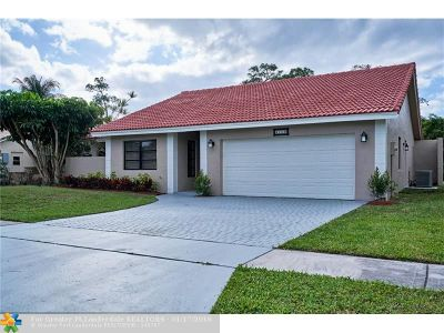 Boca Raton Single Family Home For Sale: 21110 White Oak Ave