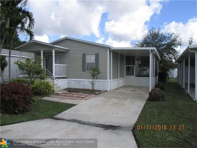Davie Single Family Home For Sale: 1620 SW 84th Ave