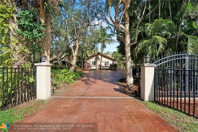 Plantation Single Family Home For Sale: 11681 SW 3rd St