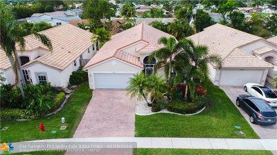 Boca Raton Single Family Home For Sale: 22843 Royal Crown Ter