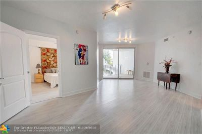 Hollywood Condo/Townhouse For Sale: 1830 Radius Dr #520