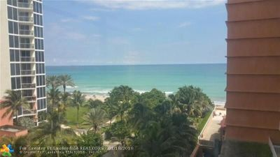 Sunny Isles Beach Condo/Townhouse For Sale: 19201 Collins Ave #526