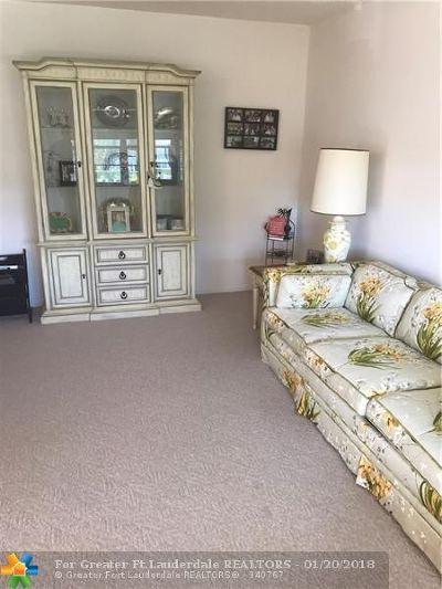 Deerfield Beach Condo/Townhouse For Sale: 197 Newport L #197