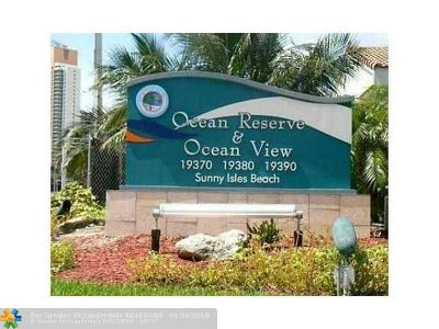 Sunny Isles Beach Condo/Townhouse For Sale: 19380 Collins Ave #1107