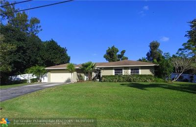 Plantation Single Family Home For Sale: 11831 NW 27th St