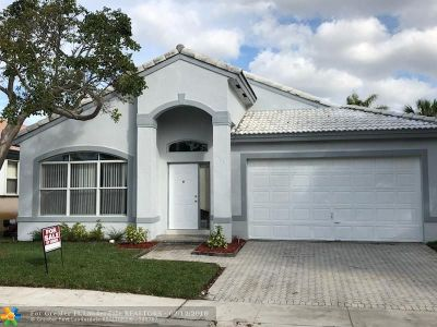 Pembroke Pines Single Family Home For Sale: 1509 SW 105th Ave