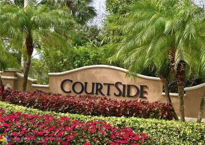 Weston Condo/Townhouse For Sale: 2604 Center Court Dr #4-27