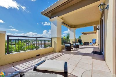 Wilton Manors Condo/Townhouse For Sale: 2631 NE 14th Ave #402