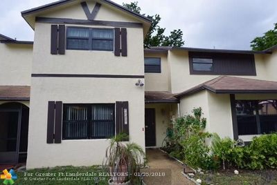Lauderhill Condo/Townhouse For Sale: 7407 NW 34th St #7407