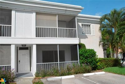 Fort Lauderdale Condo/Townhouse For Sale: 6475 Bay Club Dr #2