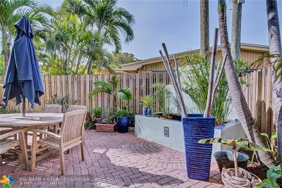 Lauderdale By The Sea Condo/Townhouse For Sale: 4225 Bougainvilla Dr #3