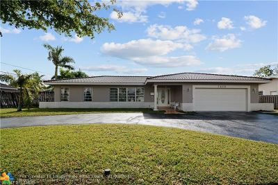 Plantation Single Family Home For Sale: 7410 NW 9th St