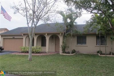 Sunrise Single Family Home For Sale: 10480 NW 20th Ct