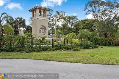 Pembroke Pines Condo/Townhouse For Sale: 400 Palm Cir #208