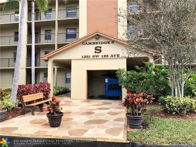 Pembroke Pines Condo/Townhouse For Sale: 1351 SW 125th Ave #310S
