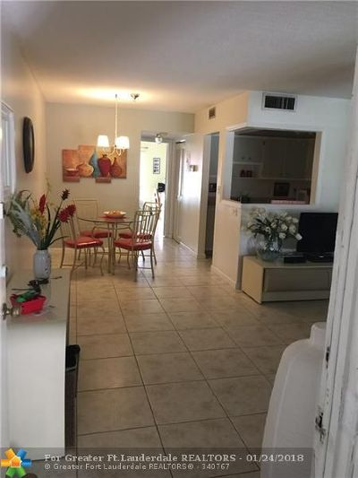 Lauderdale Lakes FL Condo/Townhouse For Sale: $40,000
