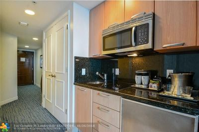 Fort Lauderdale Condo/Townhouse For Sale: 505 N Ft Lauderdale Bch Bl #608