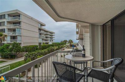 Palm Beach Condo/Townhouse For Sale: 3250 S Ocean Blvd #205S