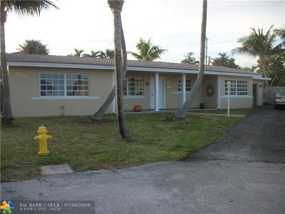 Lighthouse Point Single Family Home For Sale: 2211 NE 35th Ct