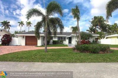 Lighthouse Point Single Family Home For Sale: 2465 NE 21st Ave